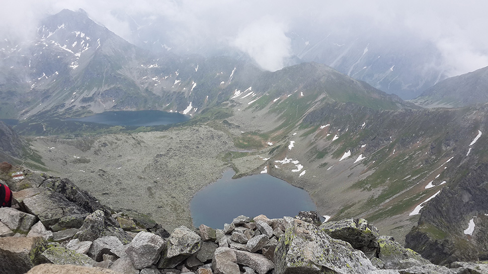 Вигляд з вершини Свиниці на 5 Ставів Польських
